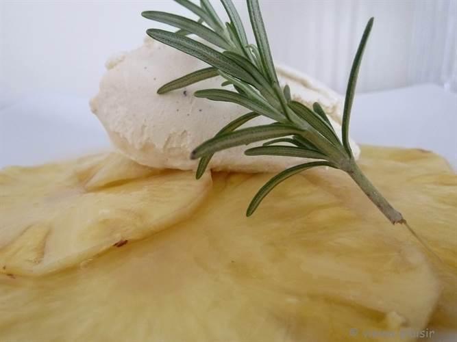 tranchage-de-l-ananas