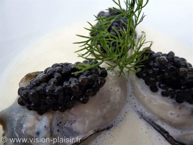 huîtres chaudes caviar