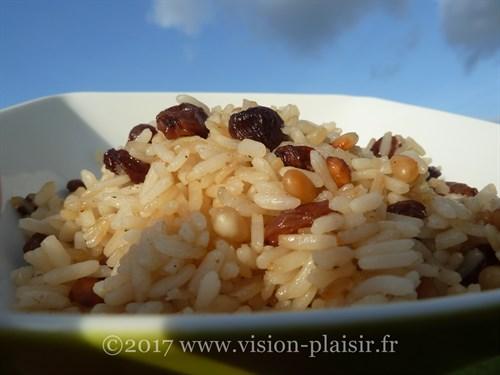 riz-pignons-pins-raisins