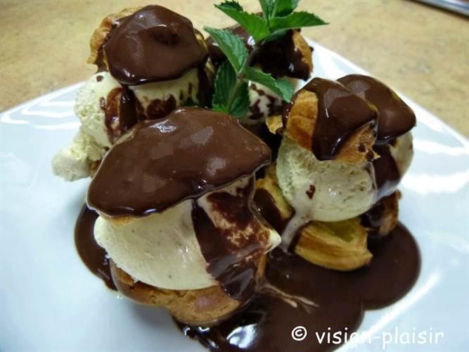 profiteroles-au-chocolat