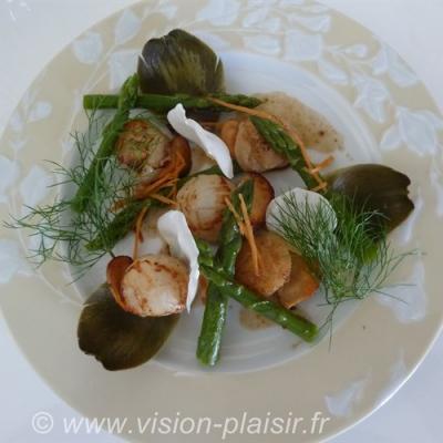 Salade st jacques asperges vertes balsamique